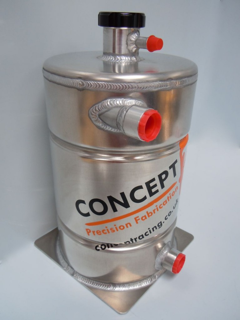 Standard dry sump tank